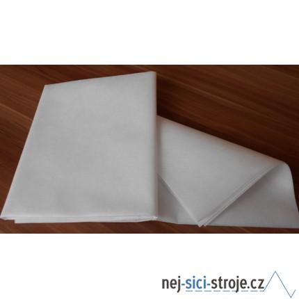 Podkladový materiál (netkaný) 1m x 80cm - bílý