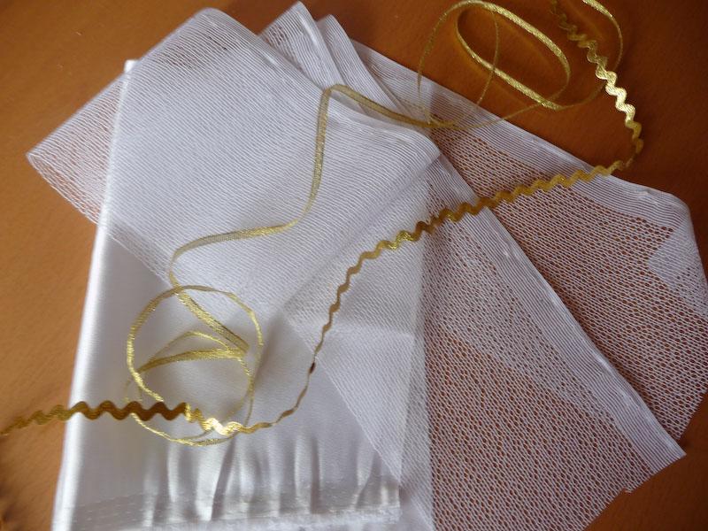 Sada na úzké svatební šaty