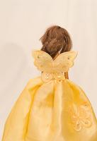 Žluté plesové jako pro motýlí vílu