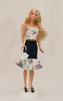 Riflová sukně s volánem a jednoduchý top