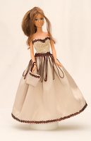 Béžové šaty s čokoládovými flitry