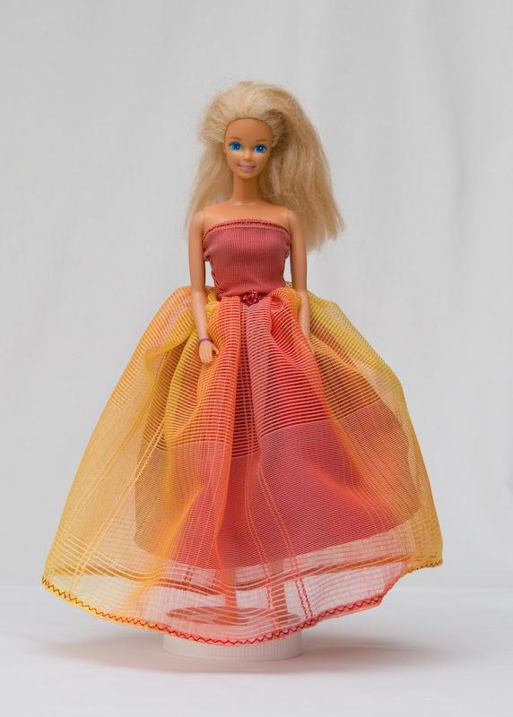 Žluto-vínové šaty