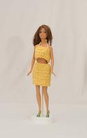 Žlutá háčkovaná sukně a top